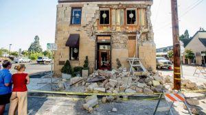 AP_EARTHQUAKE_140825_DG_16x9_992